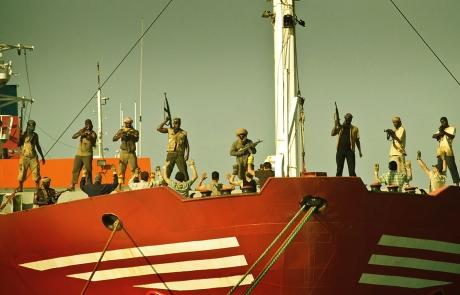 Piratas toman el Alakrana