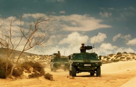 Vamtacs recorren desierto de hamada