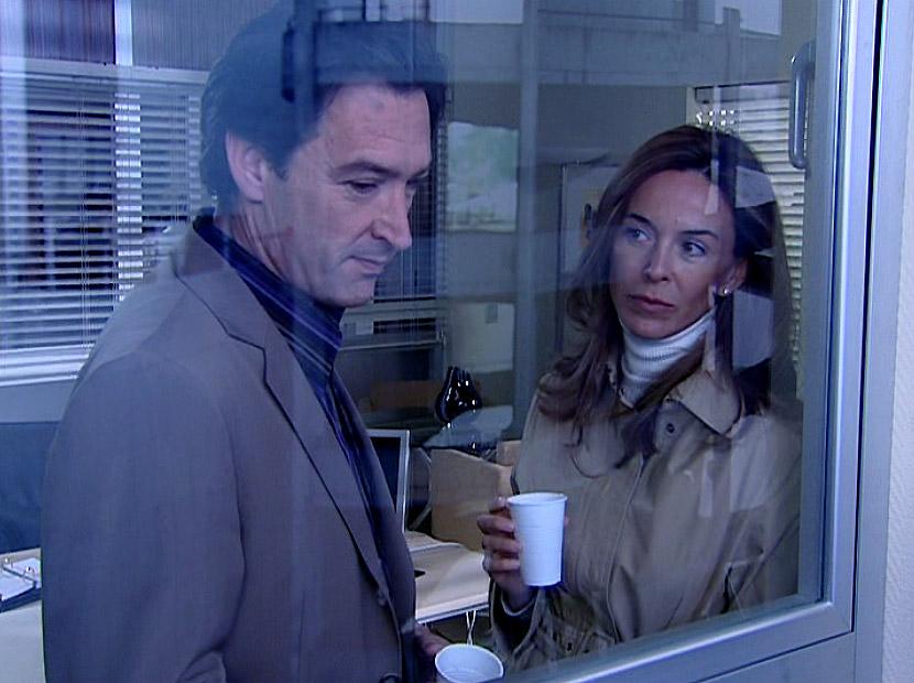 Gines García Millán y Lydia Bosch