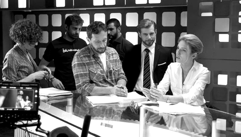 Carmen Queipo (script), Borja Grandio (ayte dirección), Salvador Calvo, Antonio Velázquez, Álvaro Cervantes y María Valverde